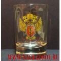 Рюмка с эмблемой ФСКН России